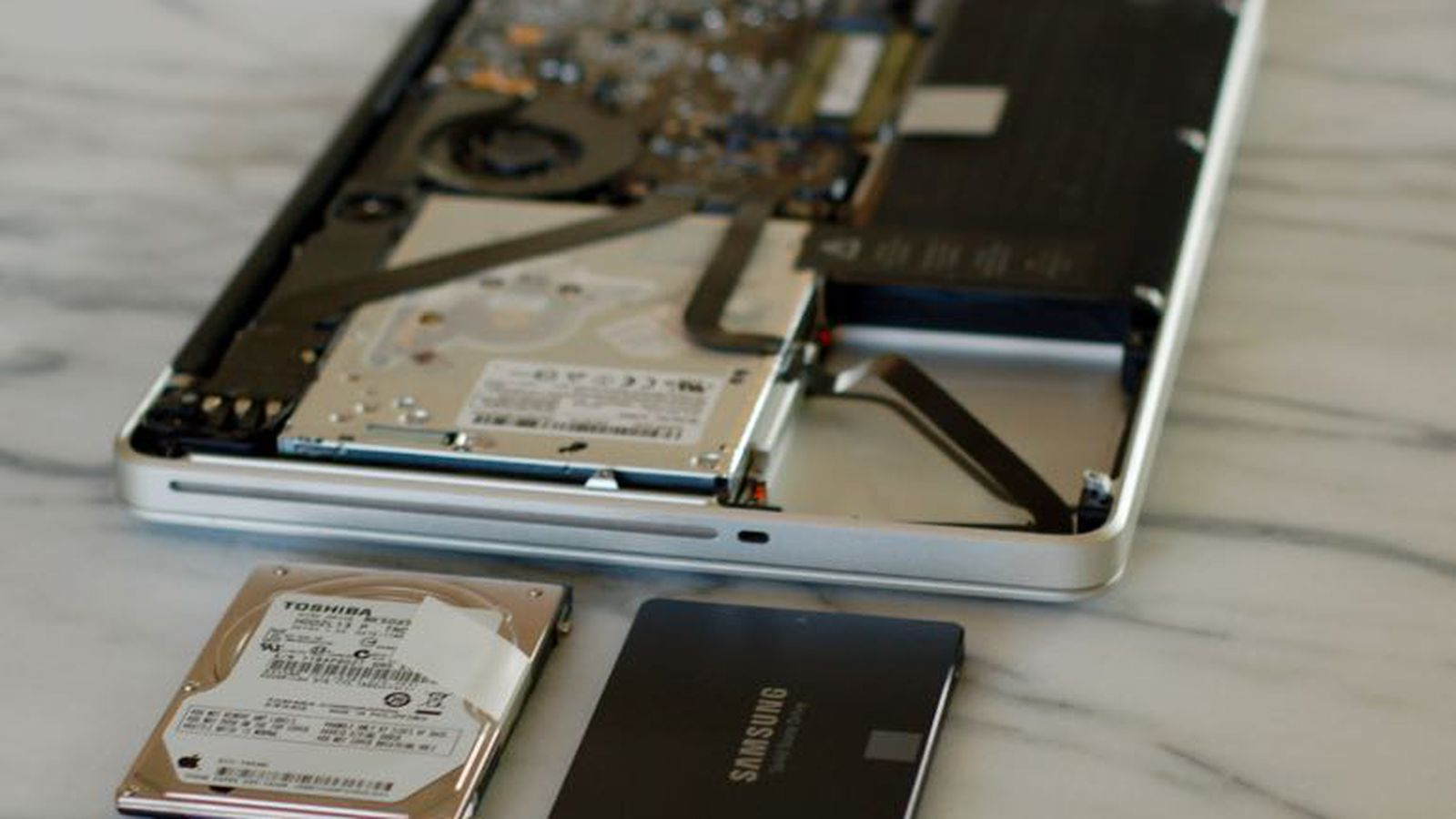 Installazione SSD su Apple MacBook Pro